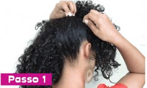 mulher fazendo penteado clássico com topete
