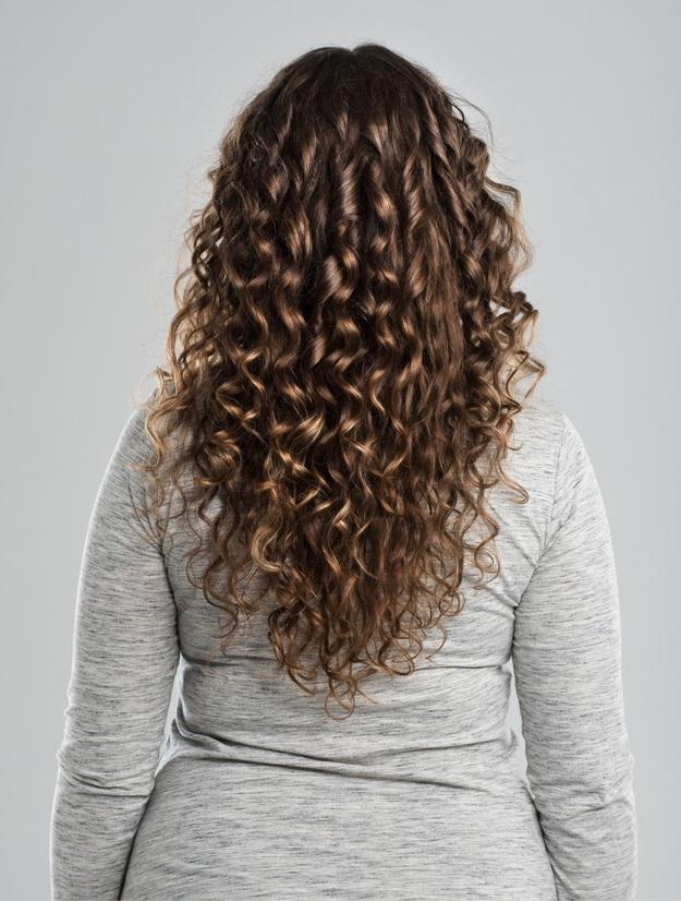 corte de cabelo longo cacheado