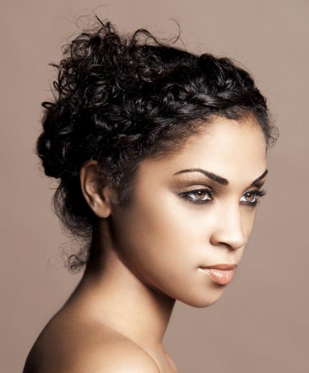 penteado para cabelo cacheado 7