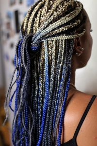 Mulher com box braids